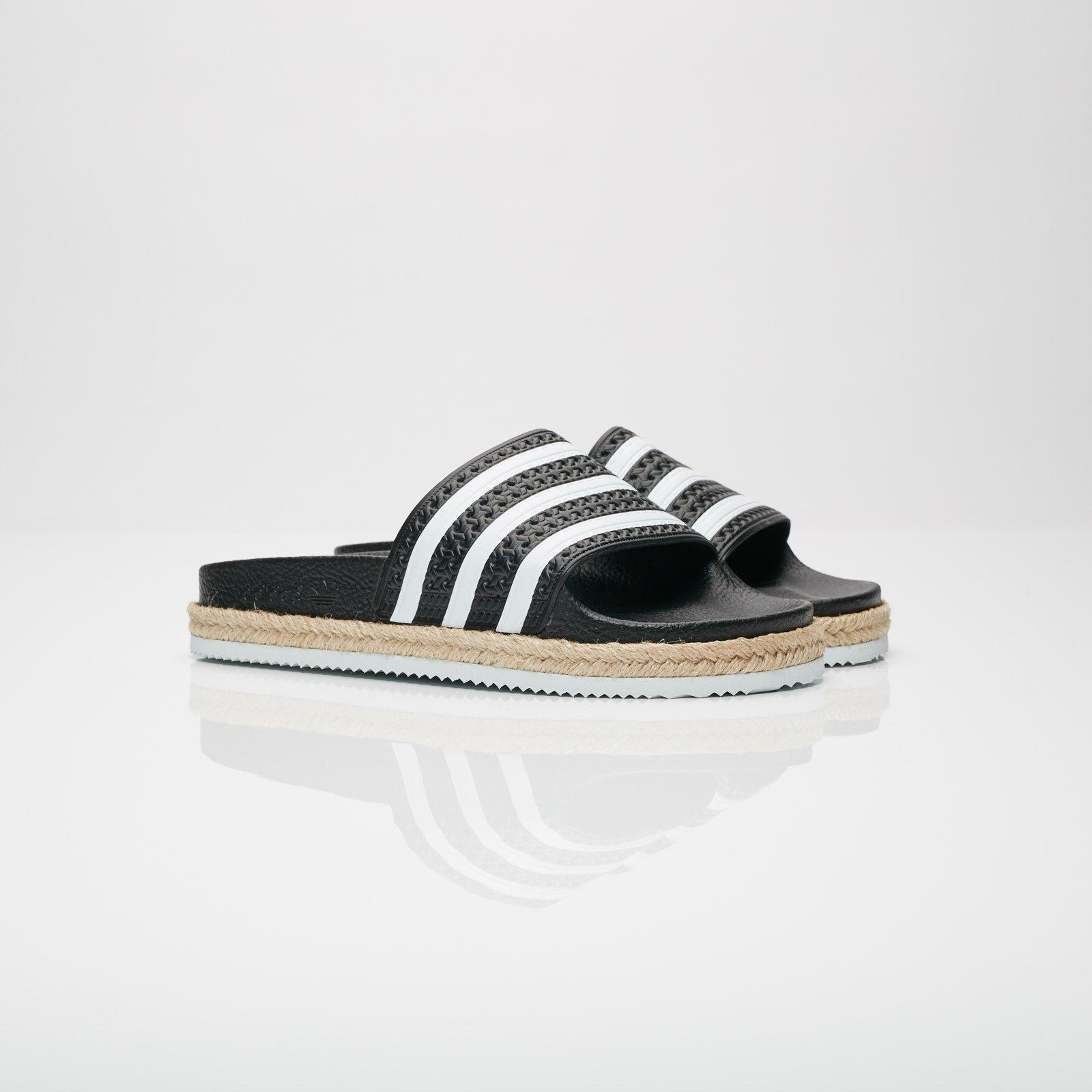 22c1c85daa2bc adidas Adilette New Bold W - Cq3093 - Sneakersnstuff