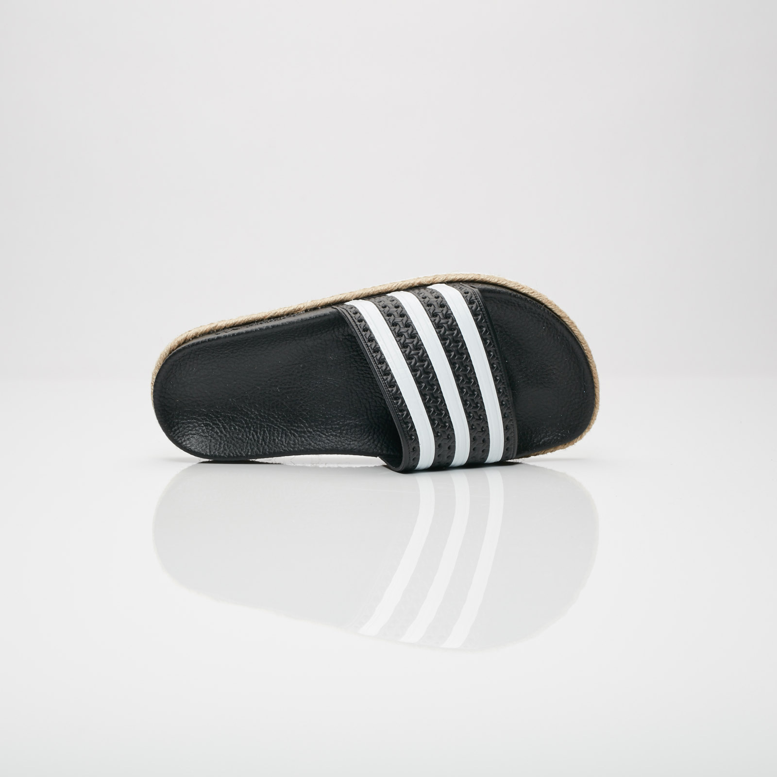 0895f4106f52 adidas Adilette New Bold W - Cq3093 - Sneakersnstuff