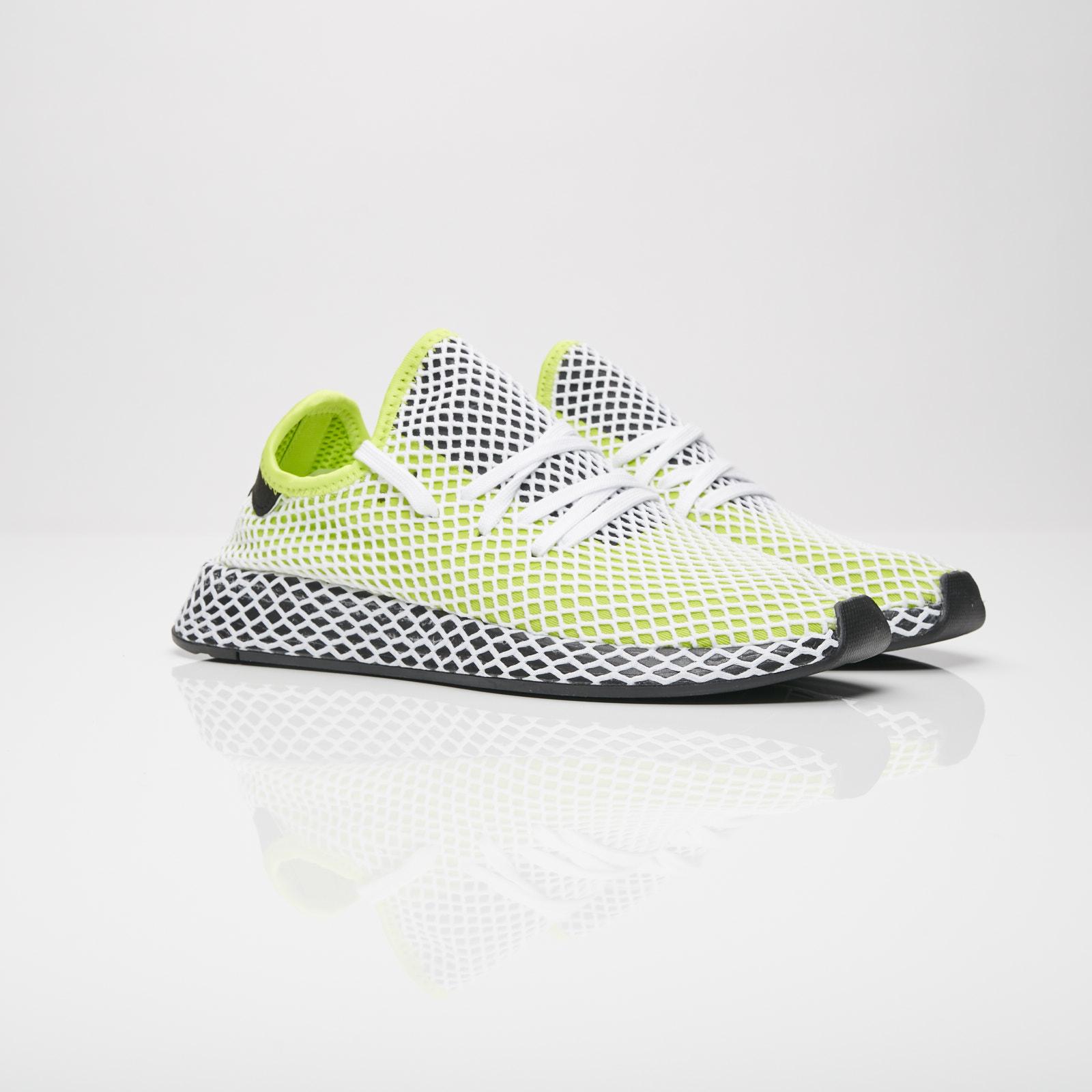 51ff436d1ec55 adidas Deerupt Runner - B27779 - Sneakersnstuff