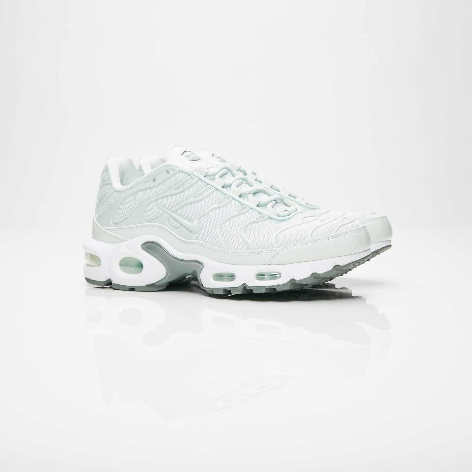 Nike Wmns Air Max Plus SE - 862201-005 - Sneakersnstuff I ...