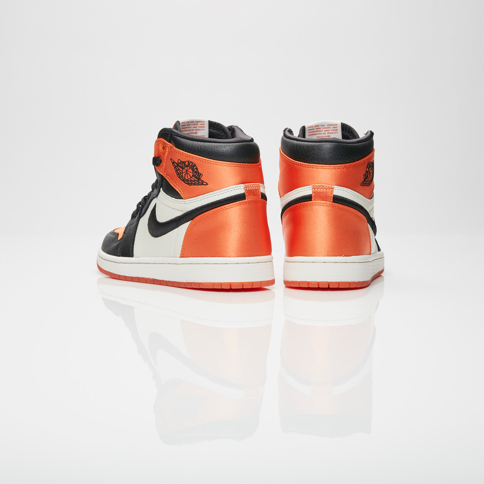 Jordan Brand Wmns Air Jordan 1 Retro High OG SL Av3725 010
