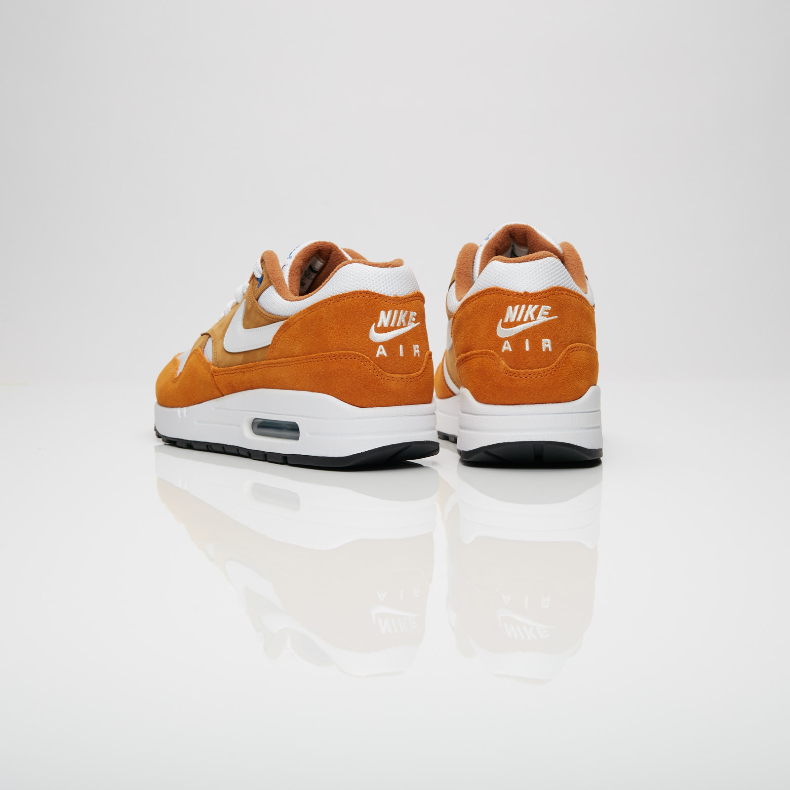 676dbfa6dc01d Nike Air Max 1 Premium Retro - 908366-700 - Sneakersnstuff ...