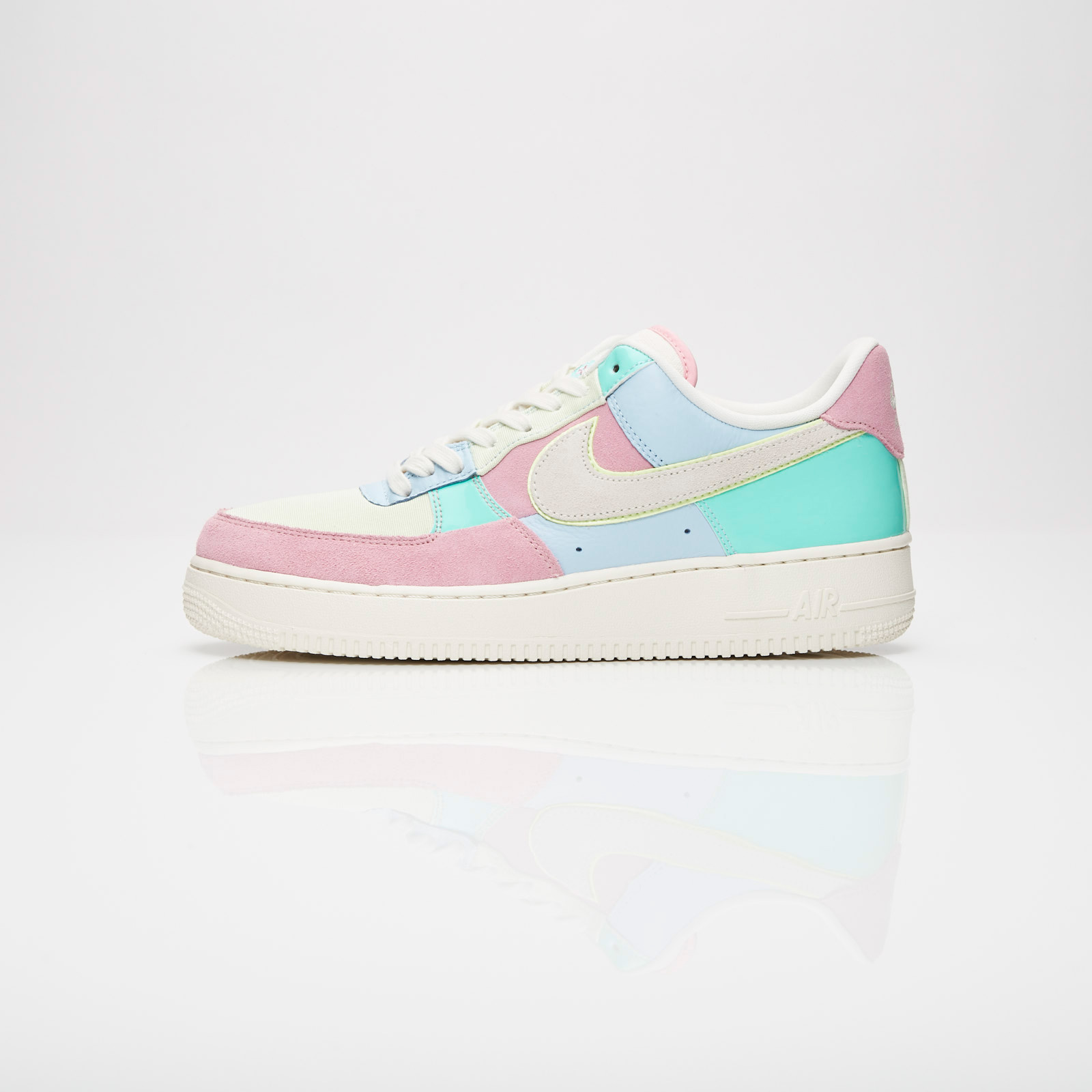 Nike Air Force 1 07 QS Ah8462 400 Sneakersnstuff