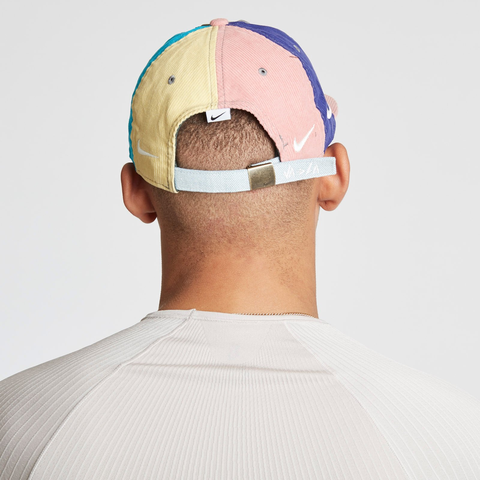 ... Nike Sportswear Cap Heritage 86 QS Sean Wotherspoon ... 54beda3d7e1