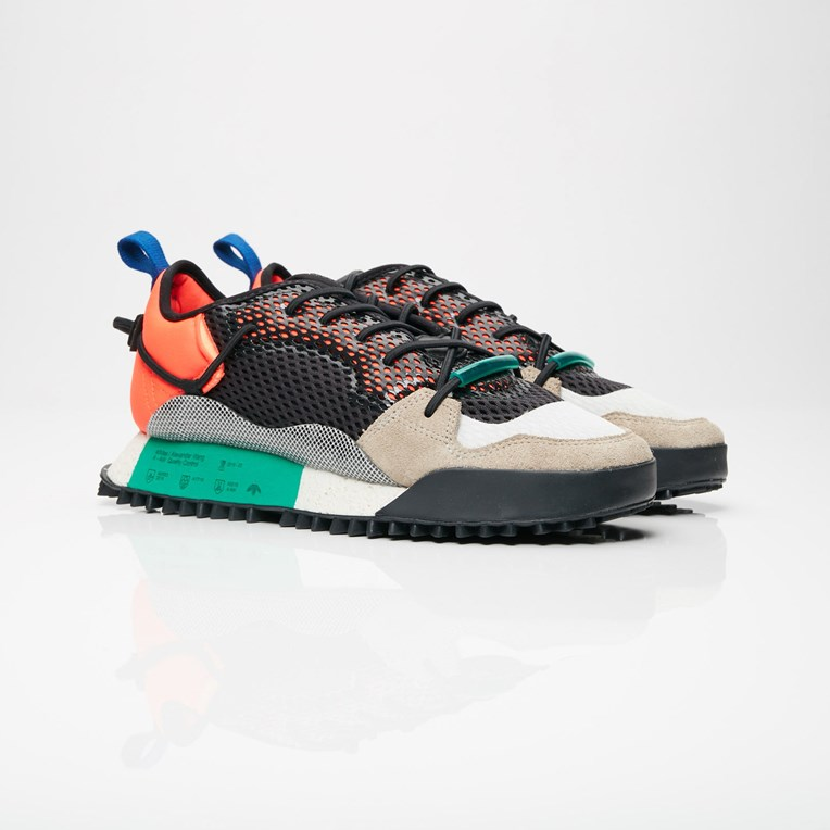 b060ffdb17279 adidas Reissue Run x Alexander Wang - Aq1233 - Sneakersnstuff ...