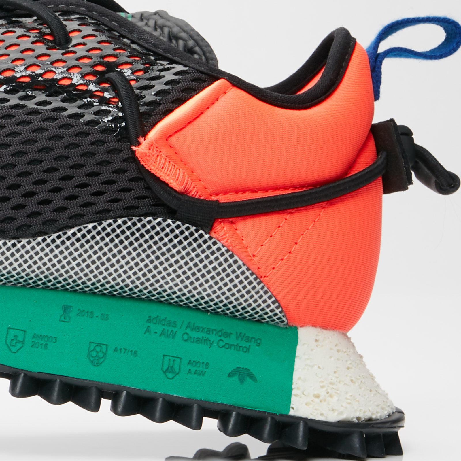 the latest 981d6 e1168 adidas Originals by Alexander Wang Reissue Run x Alexander Wang - 6. Close