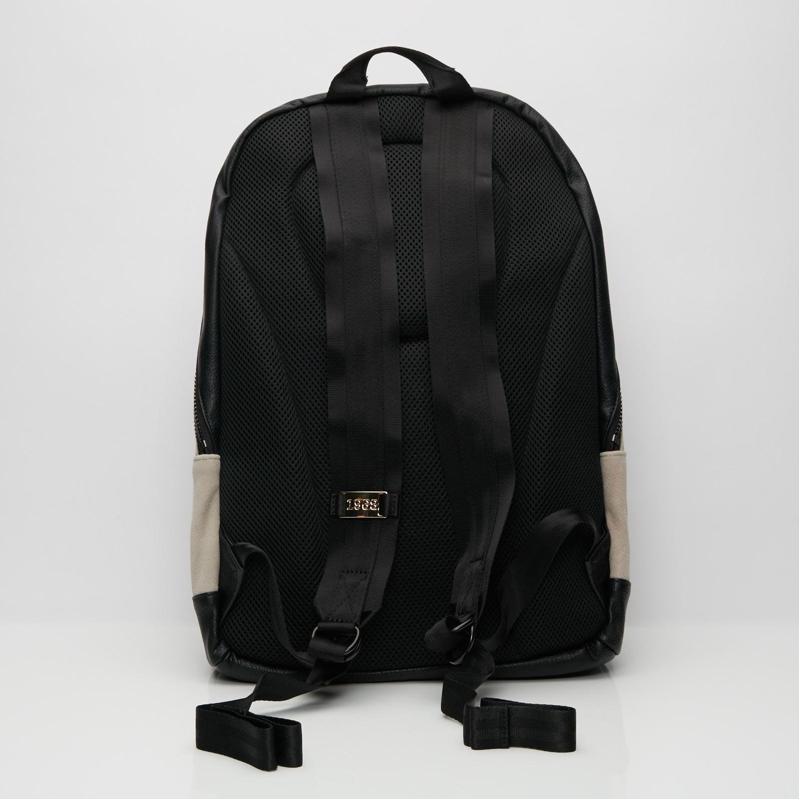 0b2bad25714 Puma Suede Backpack Lux - 075277-01 - Sneakersnstuff | sneakers &  streetwear online since 1999