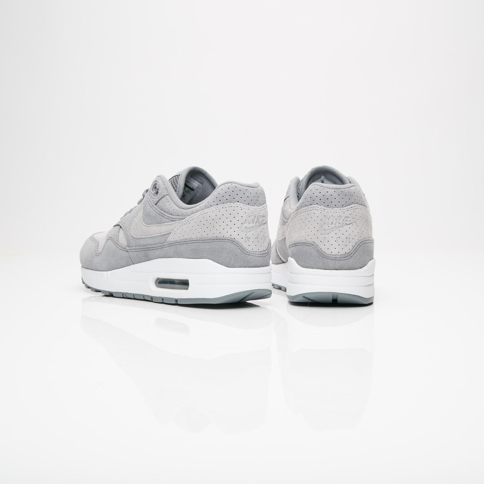 classic fit cd749 3c95e Nike Air Max 1 Premium - 875844-005 - Sneakersnstuff   sneakers    streetwear online since 1999