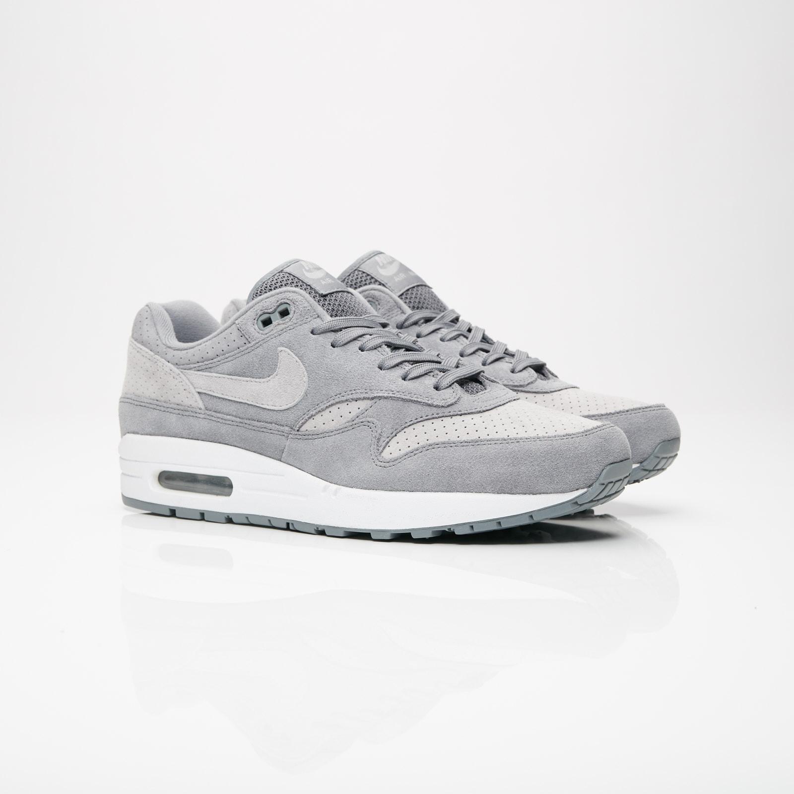 quality design 9cf30 44232 Nike Sportswear Air Max 1 Premium