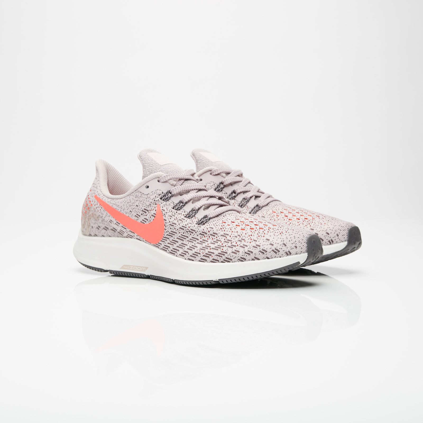 huge selection of 8b169 bbb6f Nike Air Zoom Pegasus 35 - 942855-602 - Sneakersnstuff ...