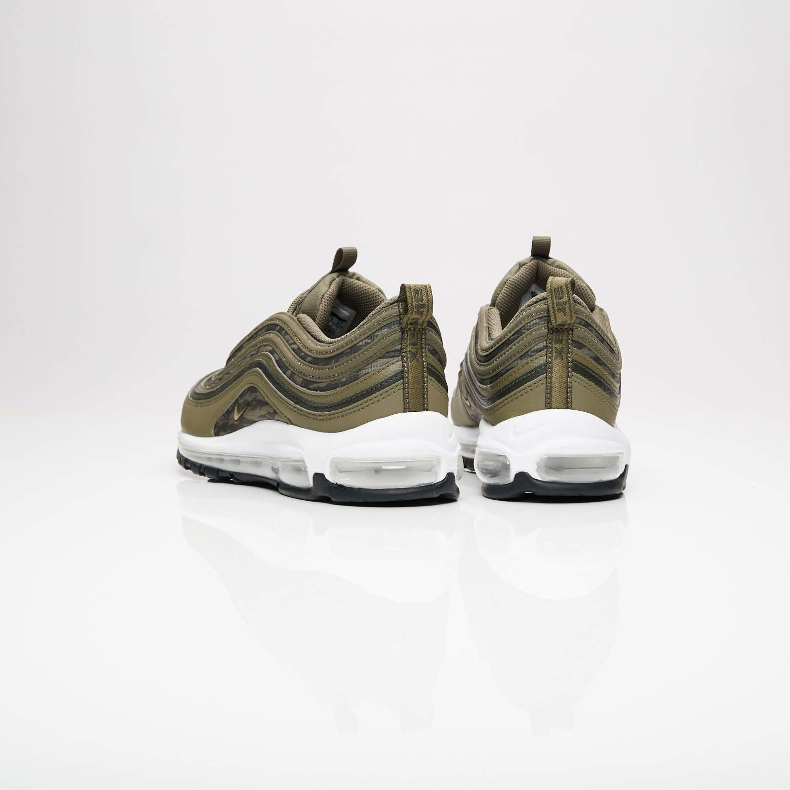 low priced c09be c3ddf Nike Air Max 97 AOP - Aq4132-200 - Sneakersnstuff | sneakers ...