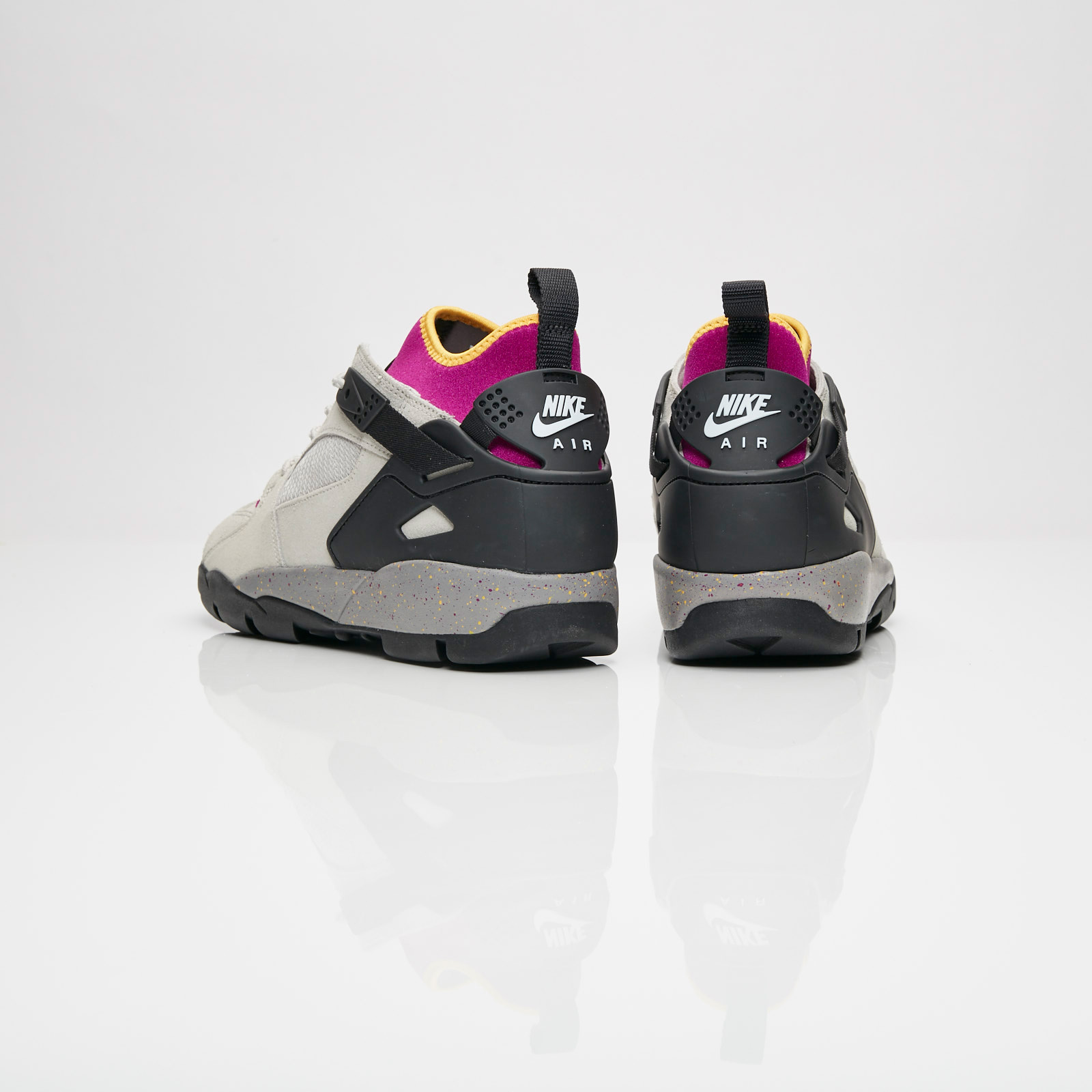 the latest c1c9c f76d5 Nike Air Revaderchi - Ar0479-001 - Sneakersnstuff   sneakers   streetwear  online since 1999