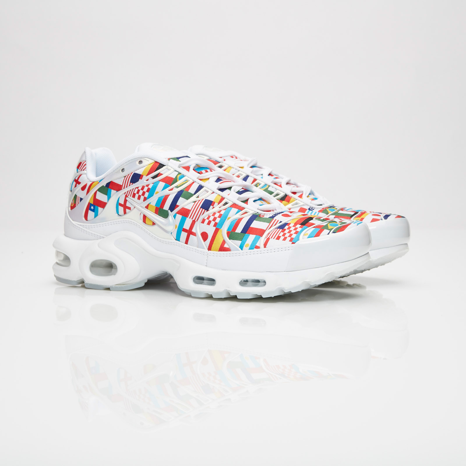 super popular 5c25e f11ee Nike Sportswear Air Max Plus NIC QS