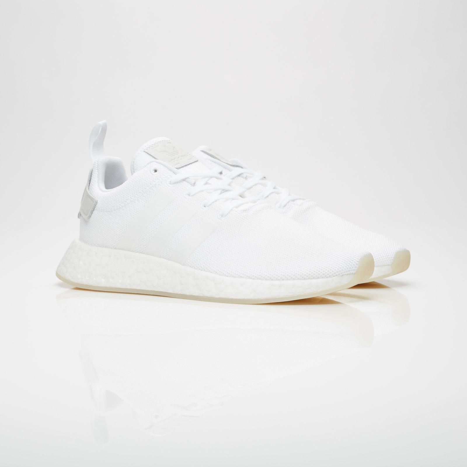 adidas NMD R2 - Cq2401 - Sneakersnstuff