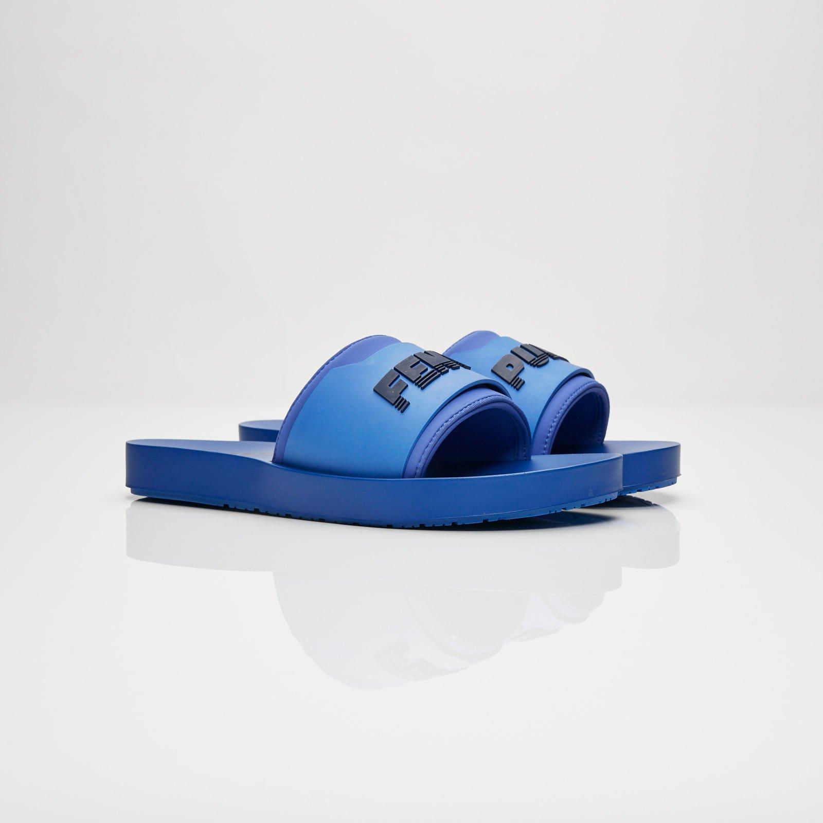 a disposizione acquisto speciale top design Puma Fenty Surf Slide - 367747-03 - Sneakersnstuff ...