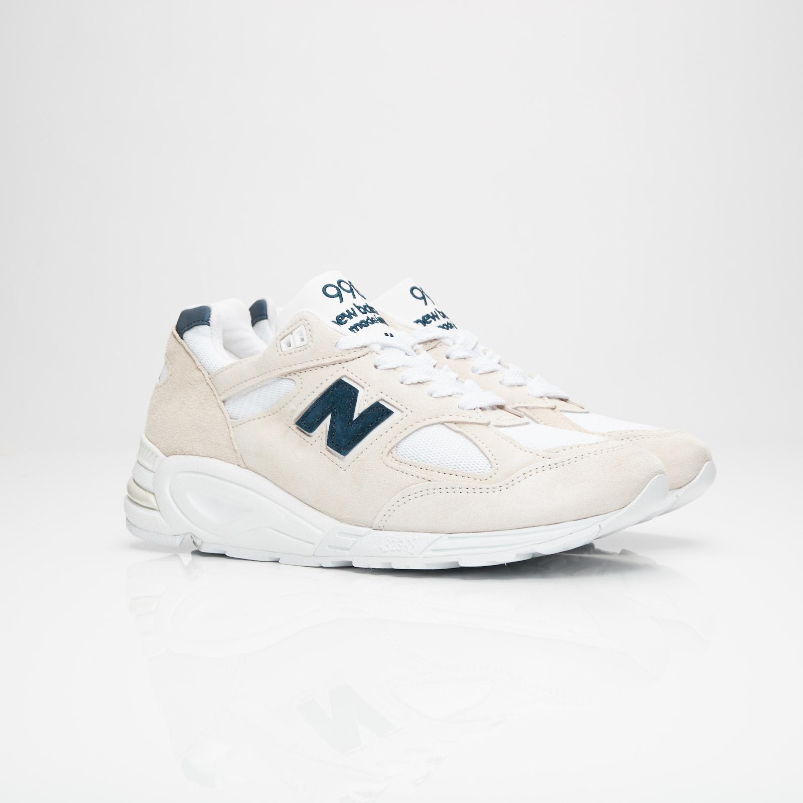 8b6437d6722e9 New Balance M990 - M990we2 - Sneakersnstuff | sneakers & streetwear ...