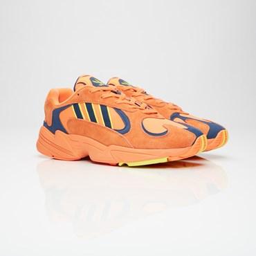 sports shoes 4c64e 5b85f Sale - Sneakersnstuff   sneakers   streetwear online since 1999