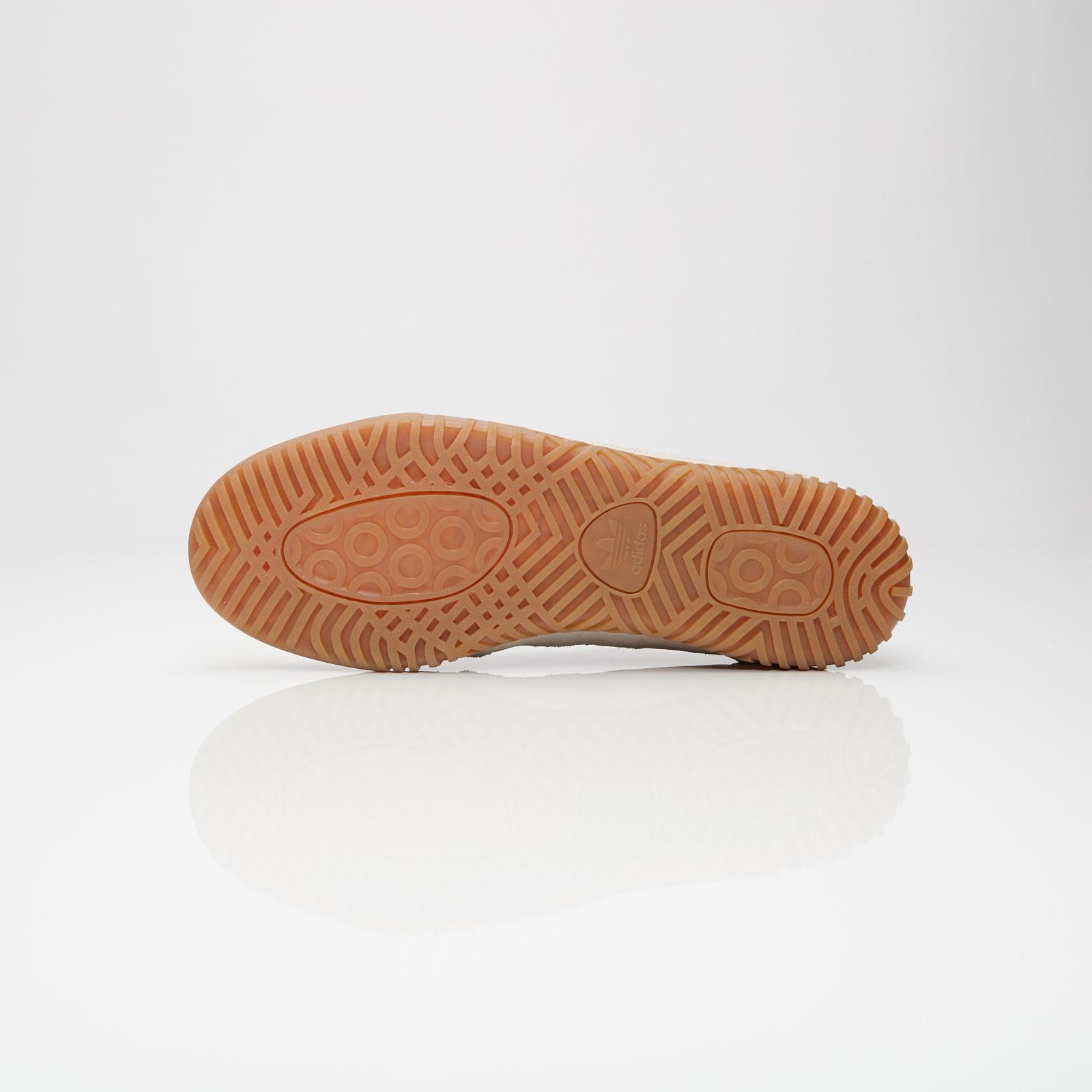adidas Indoor Super - B41521 - Sneakersnstuff  a381ac637