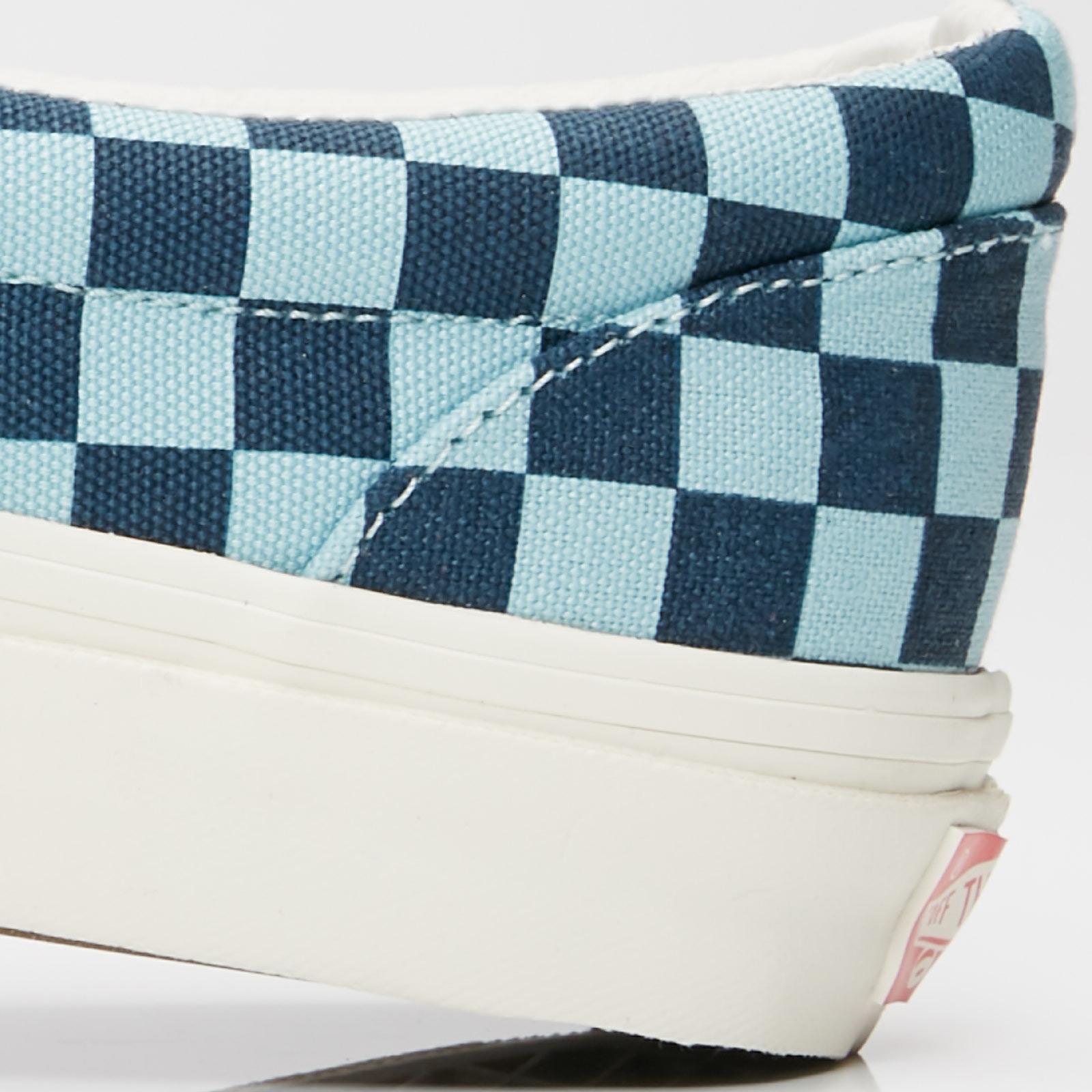 1b572b28ac9fb2 Vans UA OG Classic Slip-On LX - V00udfqlv - Sneakersnstuff ...