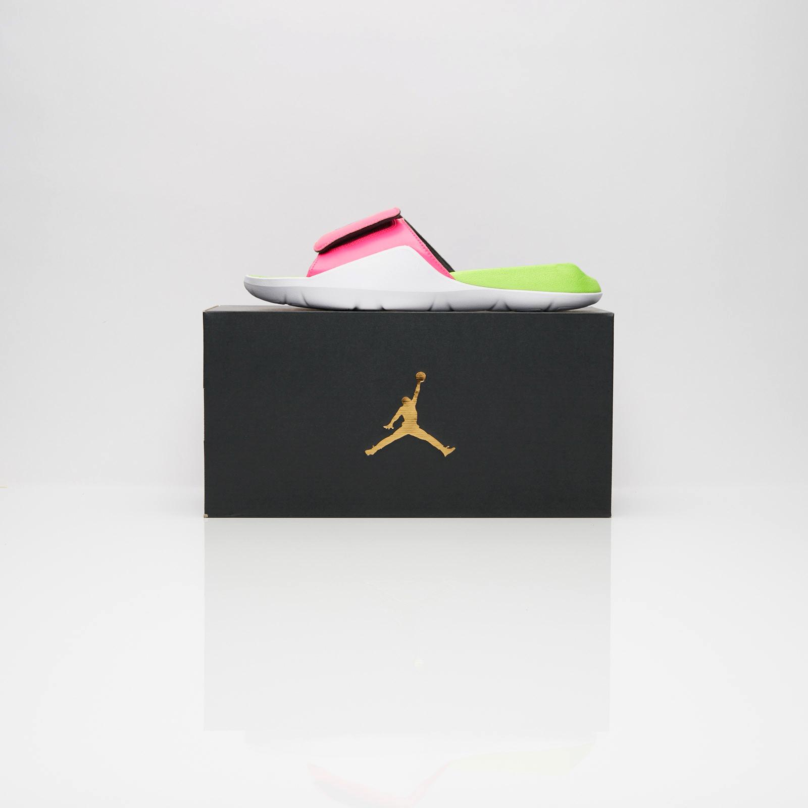 898a72d1d201 Jordan Brand Jordan Hydro 7 Q54 - At9193-600 - Sneakersnstuff ...