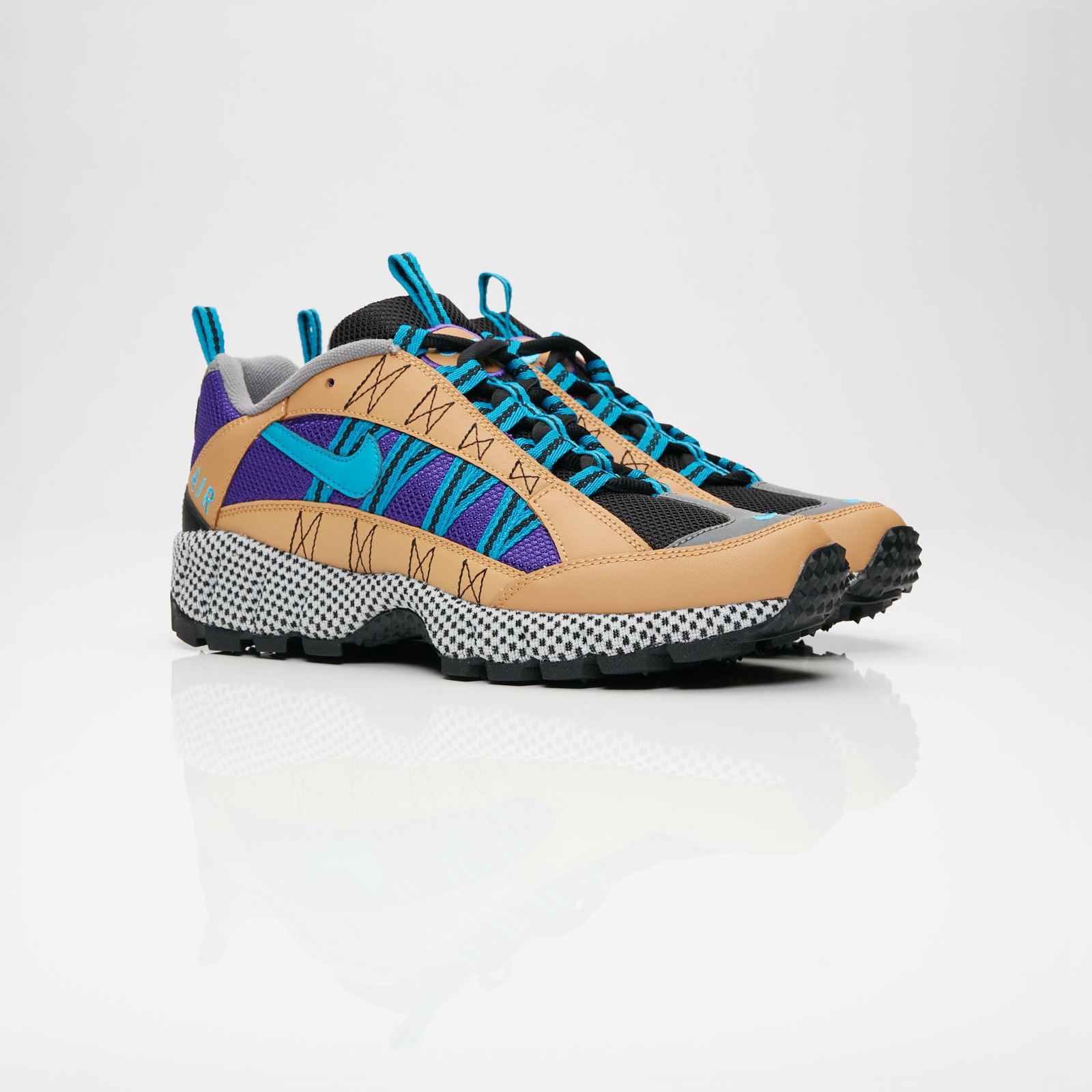 low priced 754aa 2b617 Nike Sportswear Air Humara 17 QS