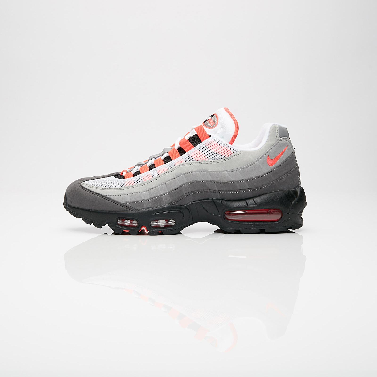 uk availability 24aa0 cfa90 Nike Air Max 95 OG - At2865-100 - Sneakersnstuff   sneakers   streetwear på  nätet sen 1999