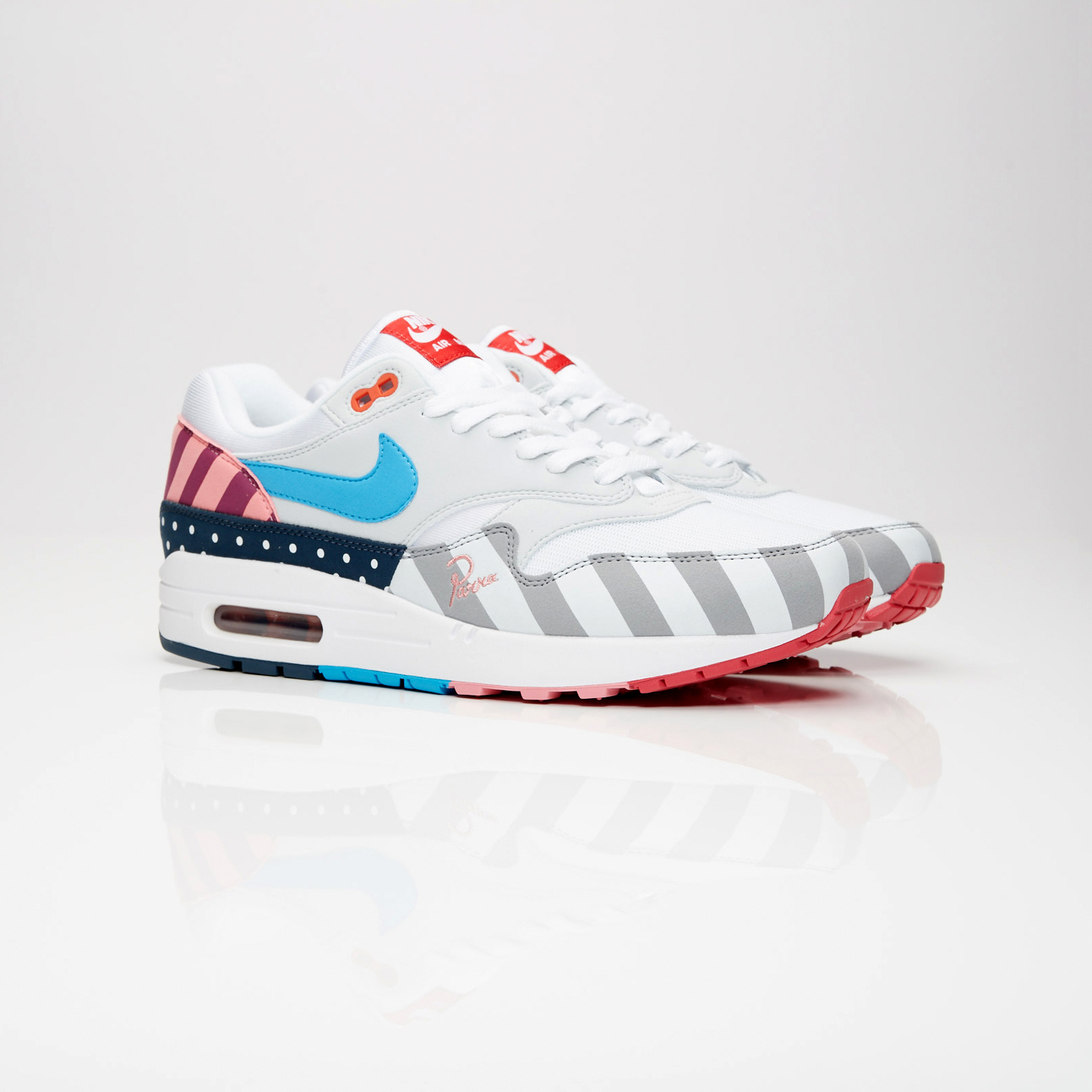 Nike Air Max 1 Parra - At3057-100 - Sneakersnstuff  0b1efd158