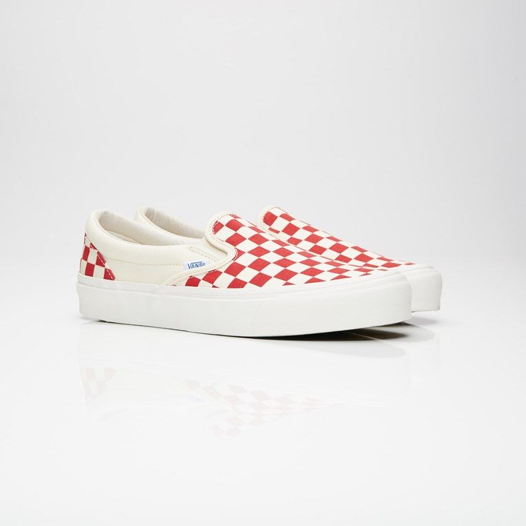 Vault by Vans UA OG Classic Slip-On LX