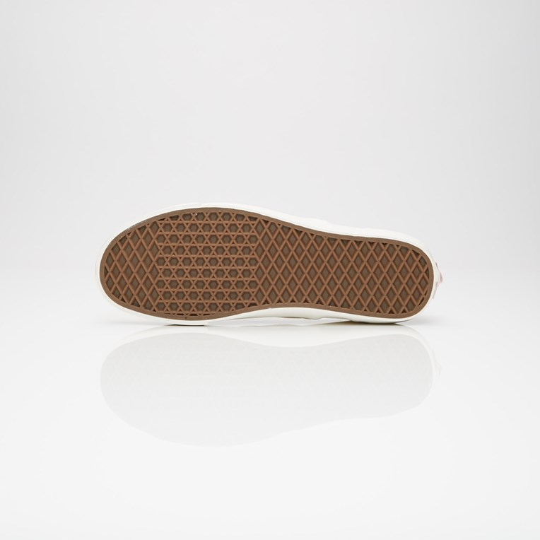 Vault by Vans UA OG Classic Slip-On LX - 4
