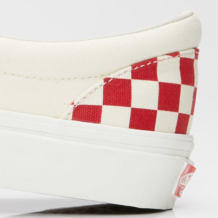 Vault by Vans UA OG Classic Slip-On LX - 6