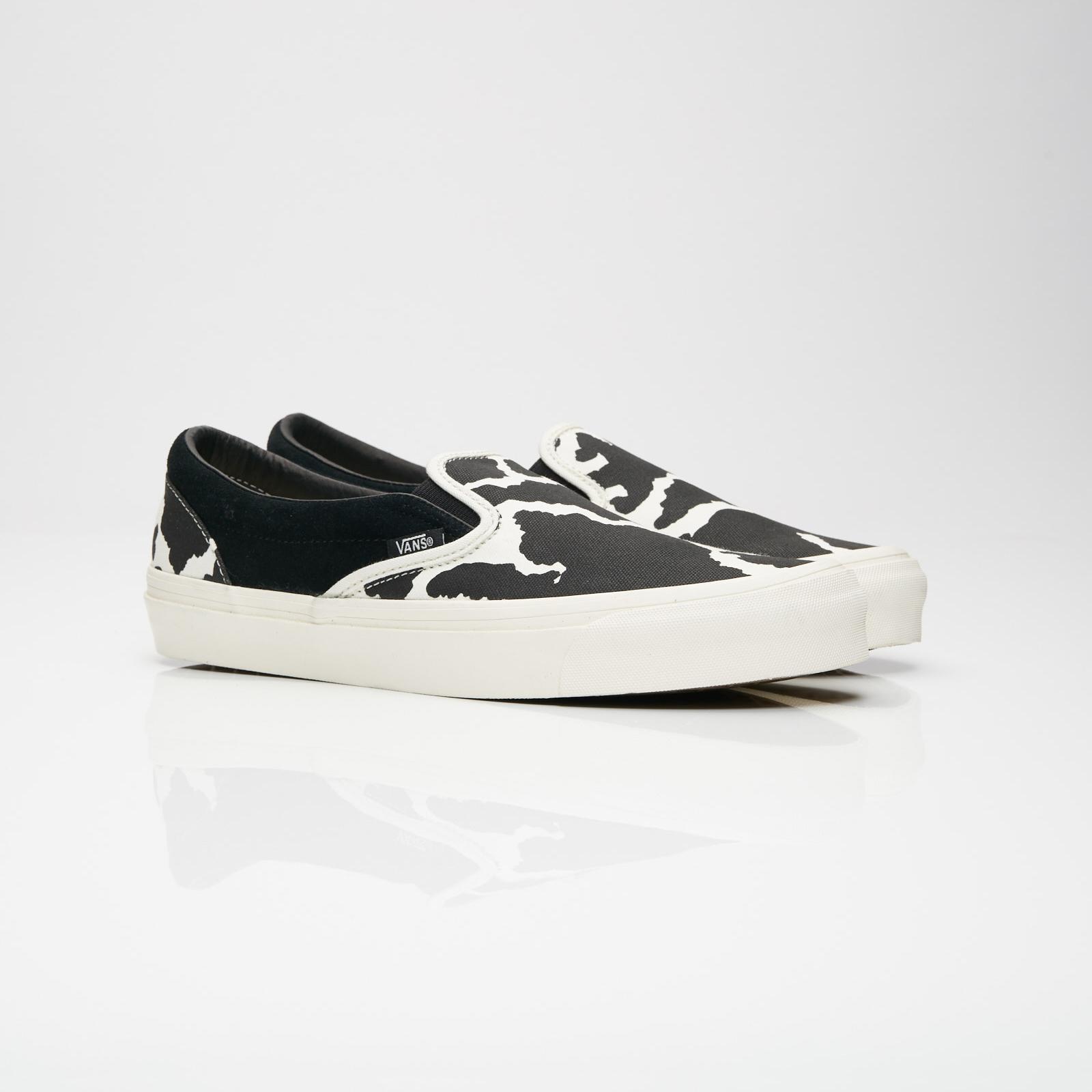 Vans UA OG Classic Slip-On LX - V00udfu9o - Sneakersnstuff ... 6963823fd