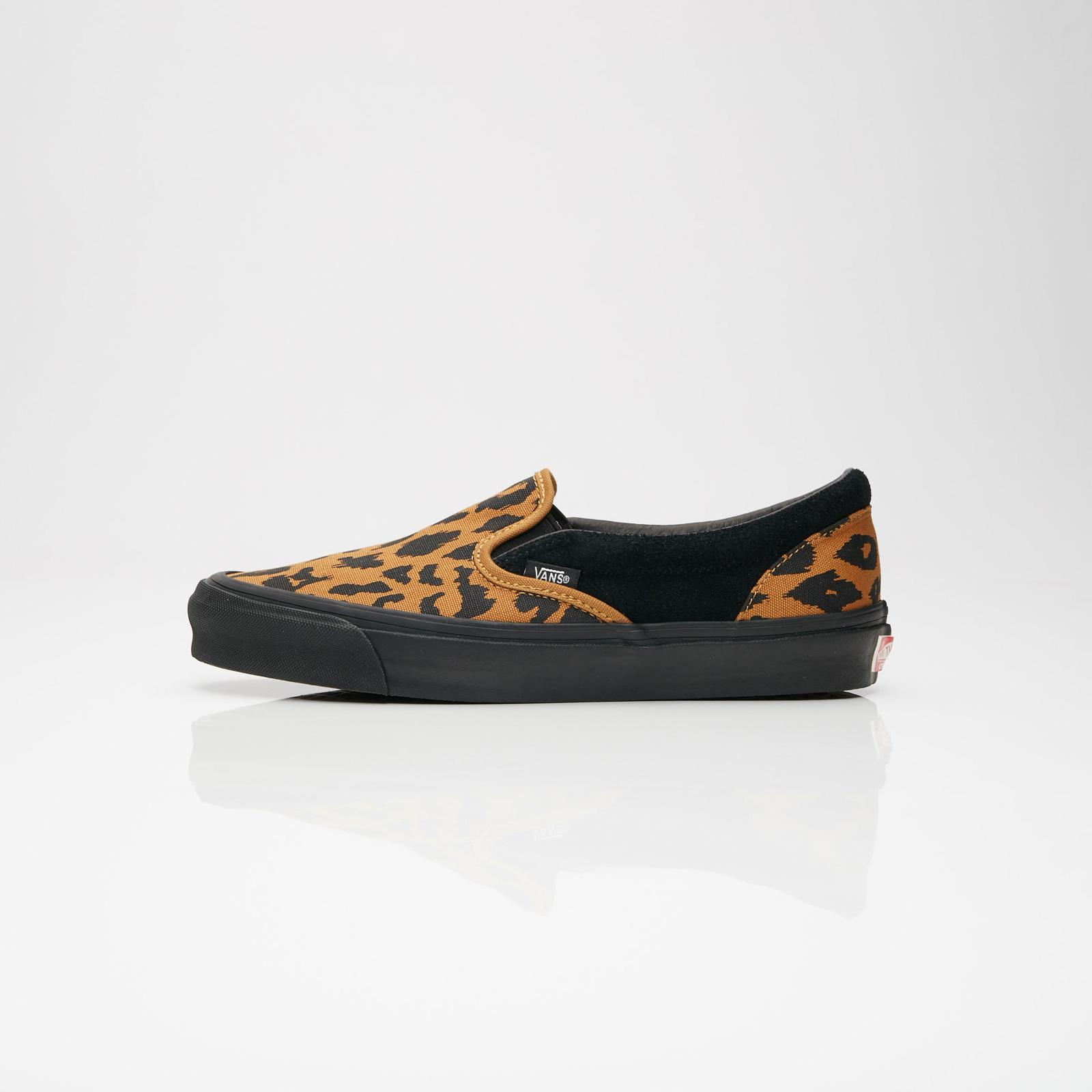 53c9ea4a87849c Vans UA OG Classic Slip-On LX - V00udfu9r - Sneakersnstuff ...