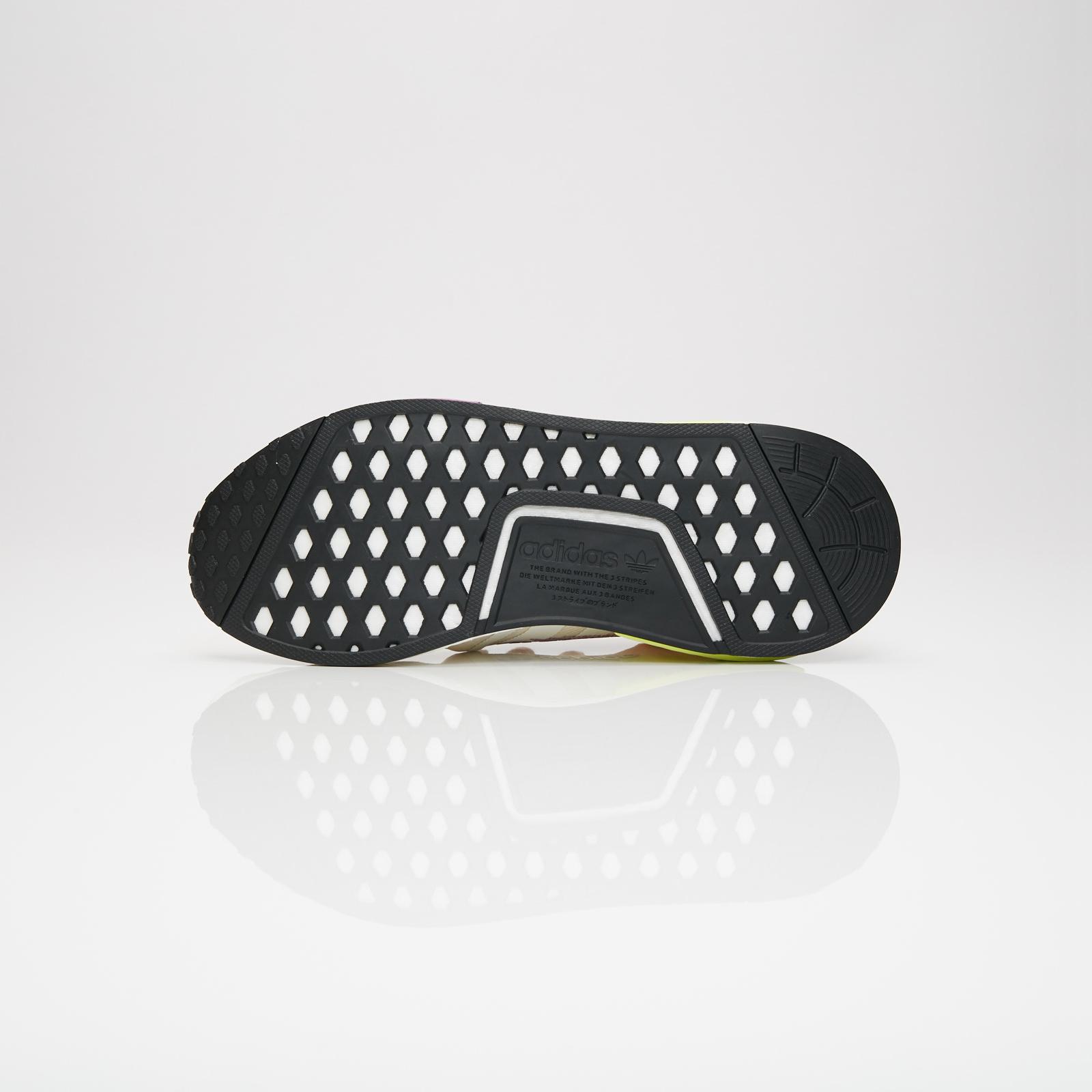 hot sale online 9deba 8f634 adidas NMD R1 - D96626 - Sneakersnstuff   sneakers   streetwear ...