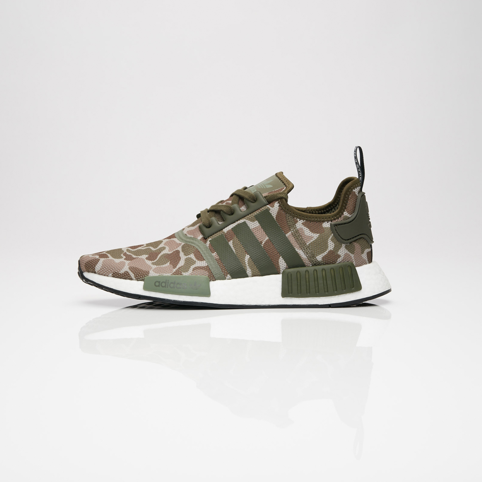 847f50a17 adidas NMD R1 - D96617 - Sneakersnstuff I Sneakers   Streetwear ...