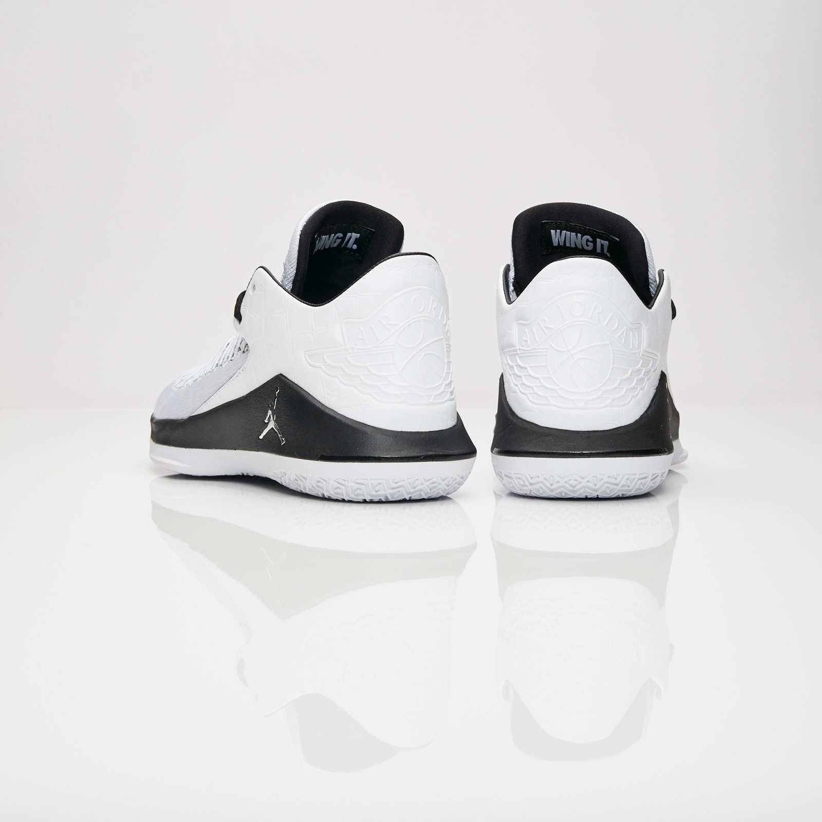 40abc2d127c436 Jordan Brand Air Jordan XXXII Low - Aa1256-102 - Sneakersnstuff ...