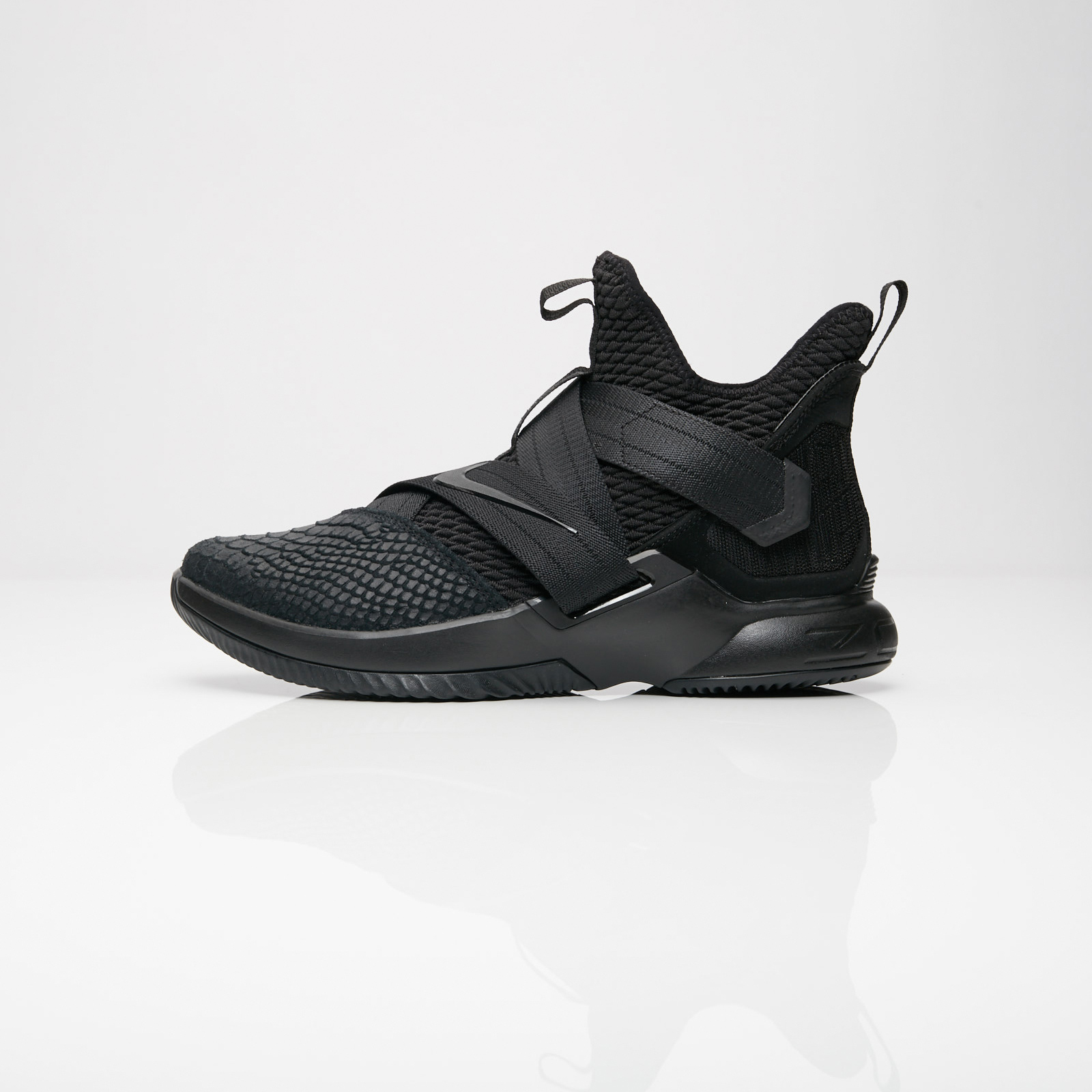 2bde4ae5b0bb Nike Lebron Soldier XII SFG - Ao4054-003 - Sneakersnstuff