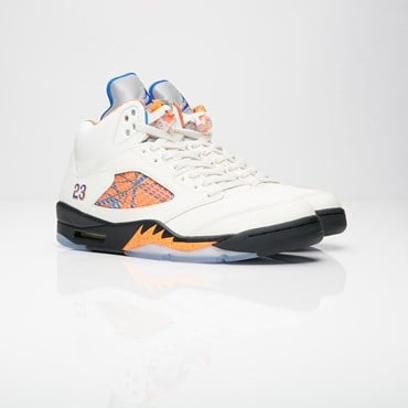 premium selection e1e31 b3ab0 Air Jordan 5 Retro