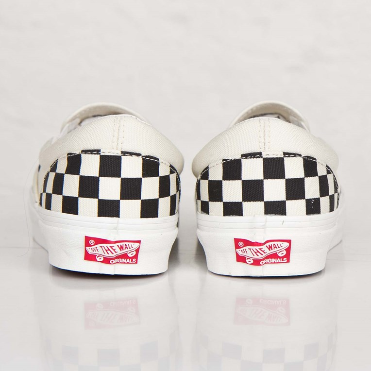 Vault by Vans OG Classic Slip-On LX - 2