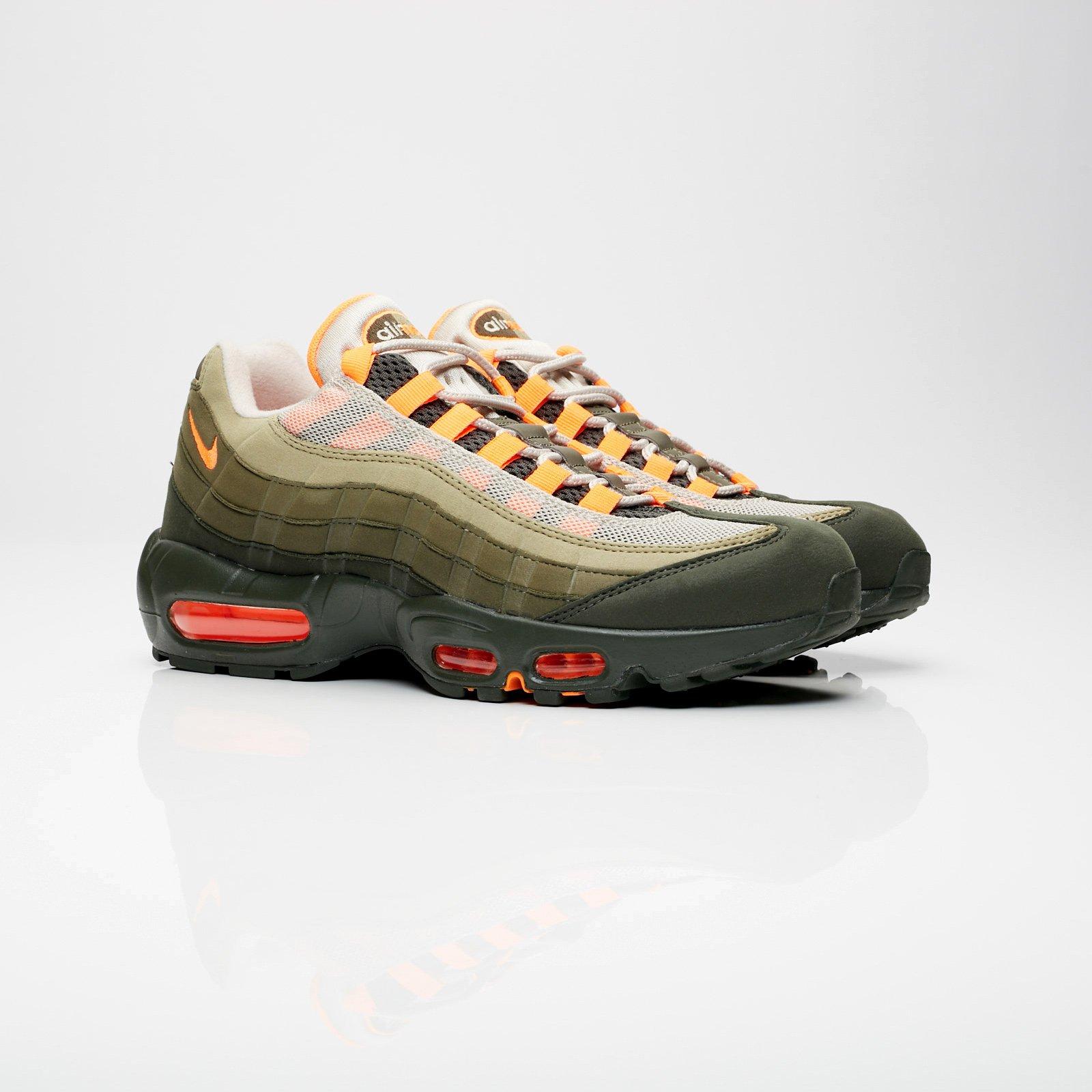 48c51a8ec3 Nike Air Max 95 OG - At2865-200 - Sneakersnstuff | sneakers ...
