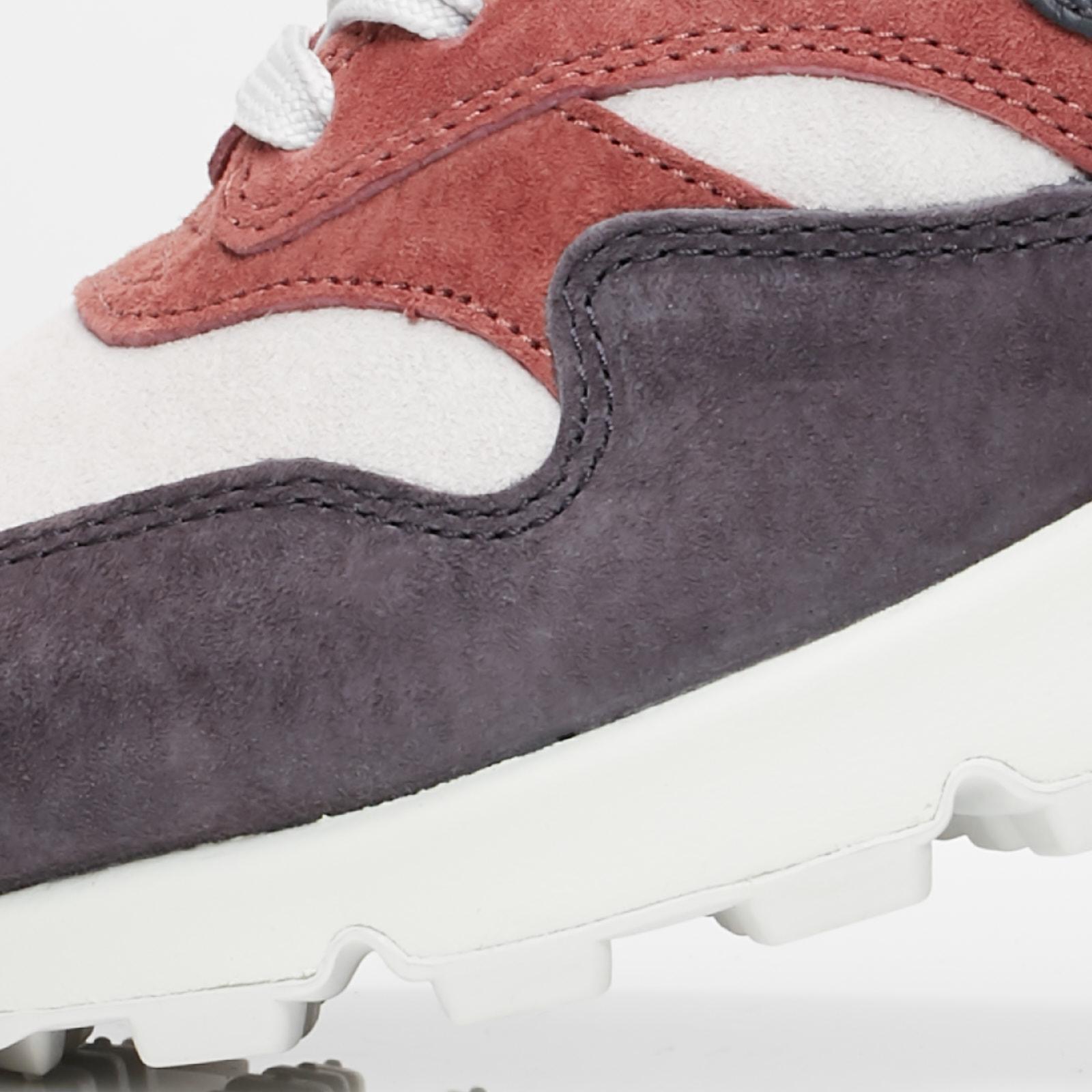 45c27c9192d2 Nike Wmns Air Max 90 1 - Aq1273-200 - Sneakersnstuff