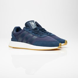 newest a720e 8fd26 adidas Originals