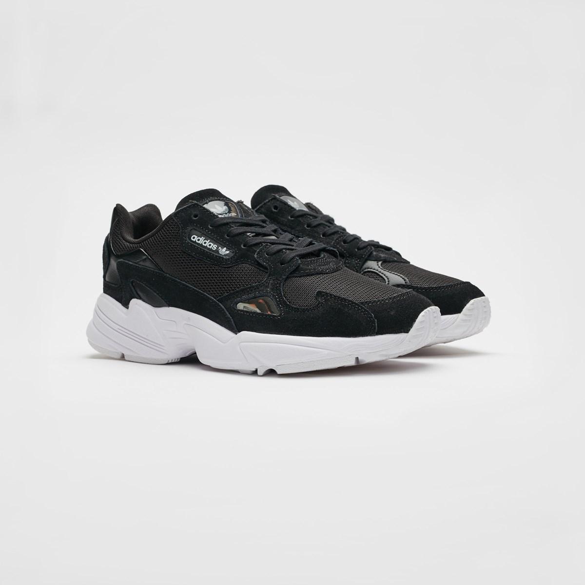 adidas Falcon W B28129 Sneakersnstuff | sneakers & streetwear en ligne depuis 1999