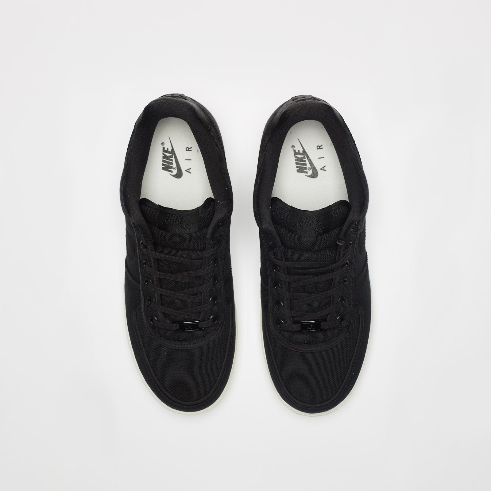 566a18daabe Nike Air Force 1 Low Retro QS Cnvs - Ah1067-004 - Sneakersnstuff ...