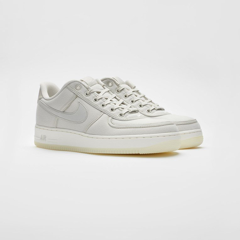 Nike Sportswear Air Force 1 Low Retro QS Cnvs