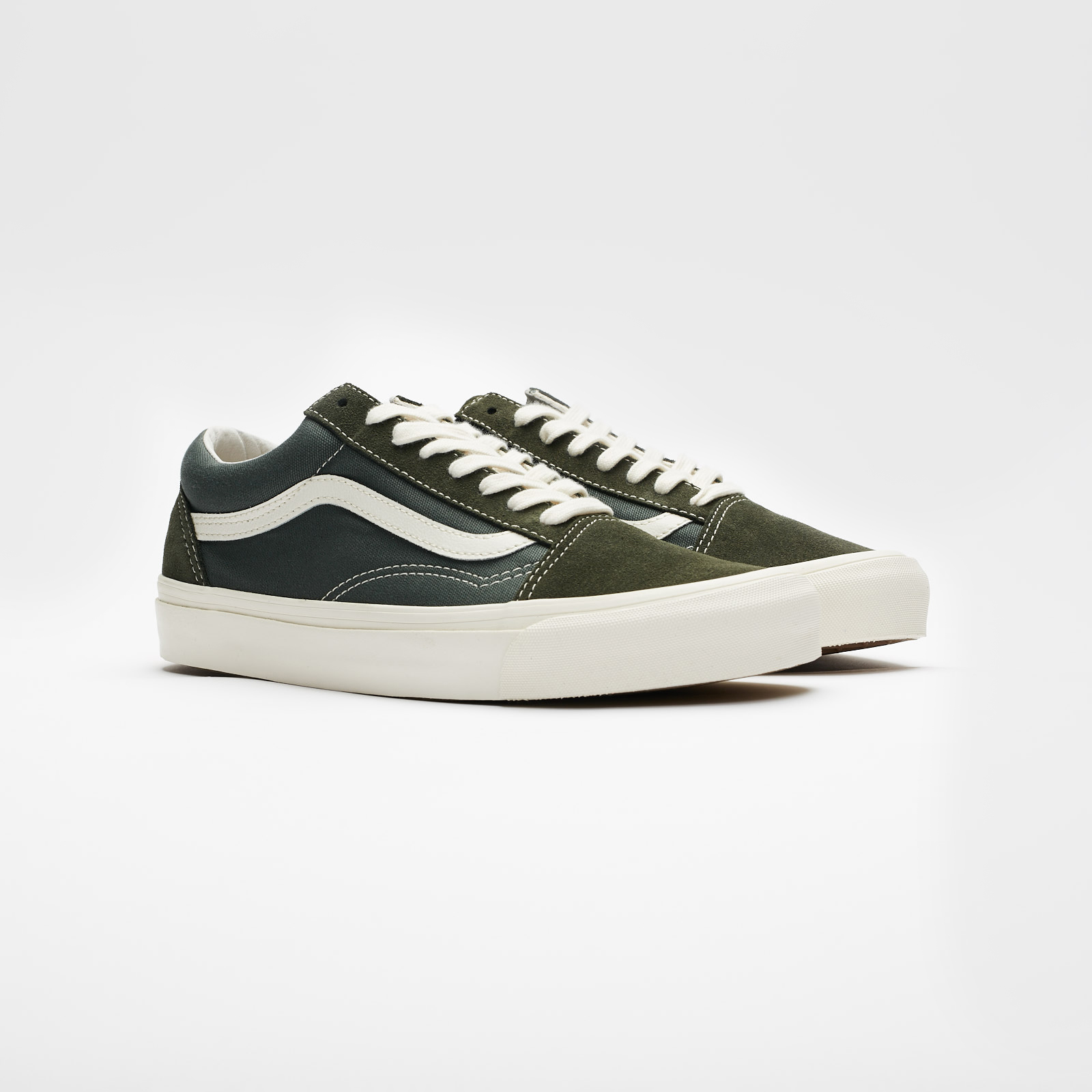 32a4afde29a Vans UA OG Old Skool LX - Va36c8u9q - Sneakersnstuff