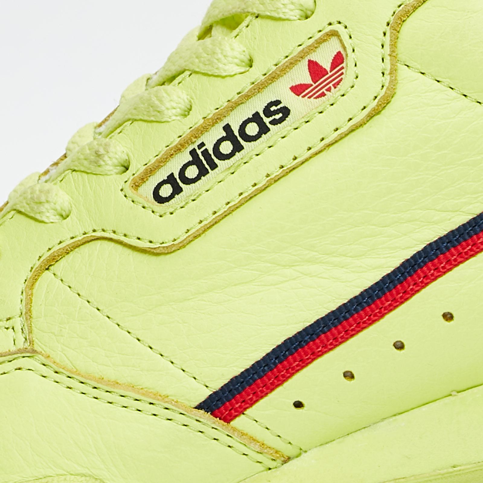 detailed look 49986 81fc7 adidas originals continental 80