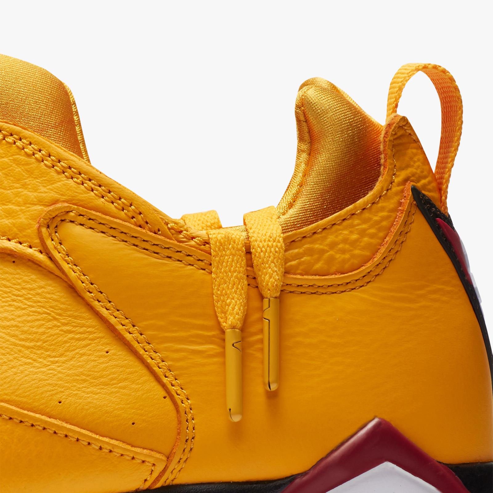 234abb8dc856 Jordan Brand Air Jordan 7 Low NRG - Ar4422-701 - Sneakersnstuff ...