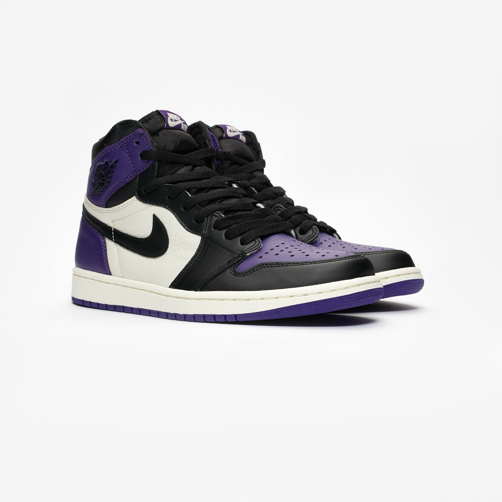 24466b3e11a Jordan Brand Air Jordan 1 Retro High OG - 555088-501 ...