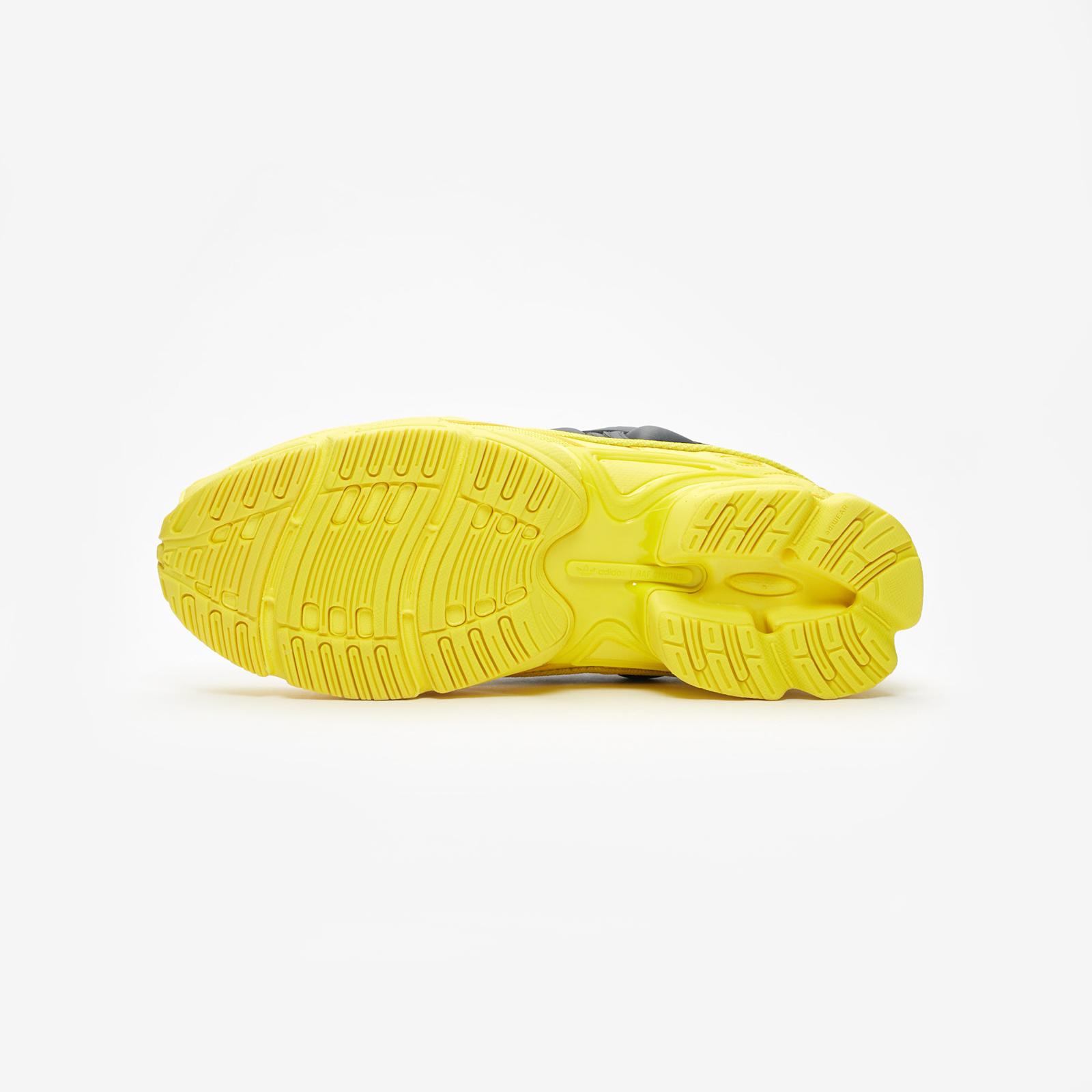 huge selection of 08418 f4a1a ... adidas x Raf Simons Raf Simons Ozweego ...