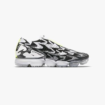 baa6bef4b6 Nike Air Vapormax Flyknit Moc 2 - Sneakersnstuff   sneakers ...